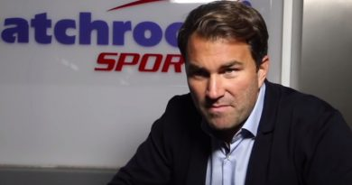 eddie hearn pants pulled down